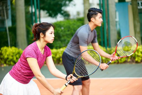 テニスクラブに入るとどのようなメリットがある?詳しく解説